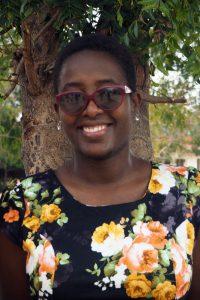 Violet Shaku Projekmitarbeiterin
